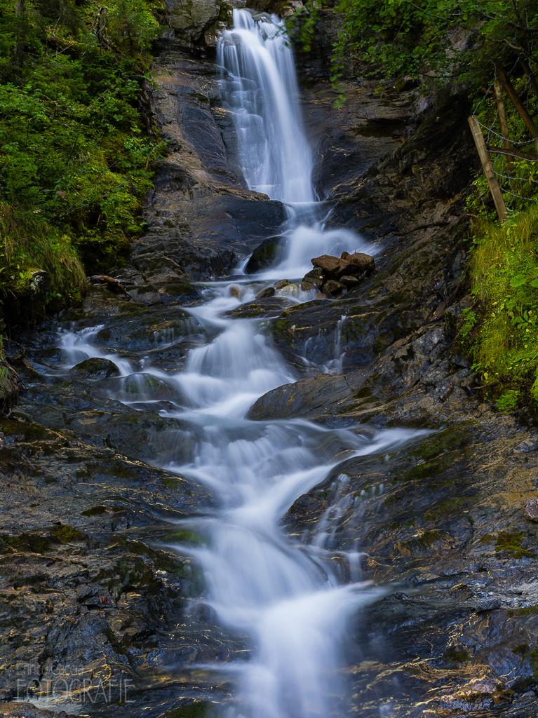 Wasserfall, 55mm, Blende 16, Verschluss 3 Sek., Polfilter