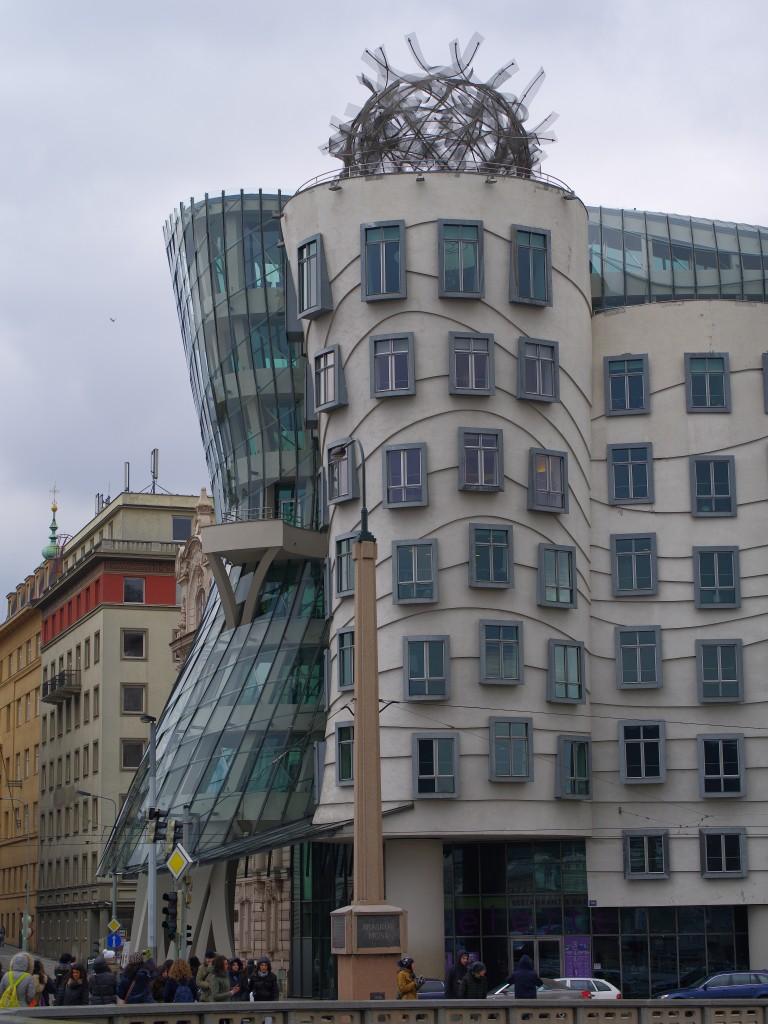 Prag - Tanzende Häuser von Frank O. Gehry