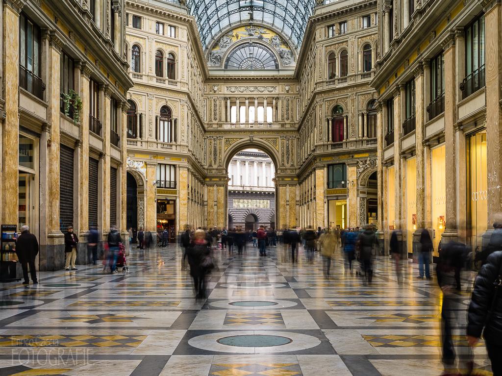 Galleria Umberto I Neapel, 55mm, Blende 22, Verschluss 4 Sek