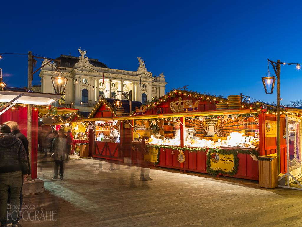 Weihnachtsmarkt Sechseläutenplatz Zürich