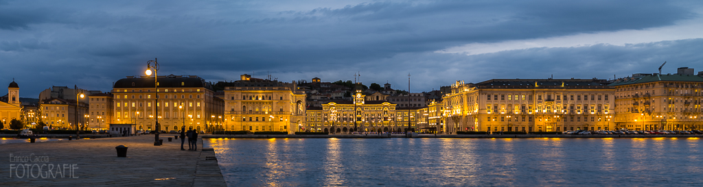 Triest, Piazza dell Unità d'Italia inkl. Hafenfront