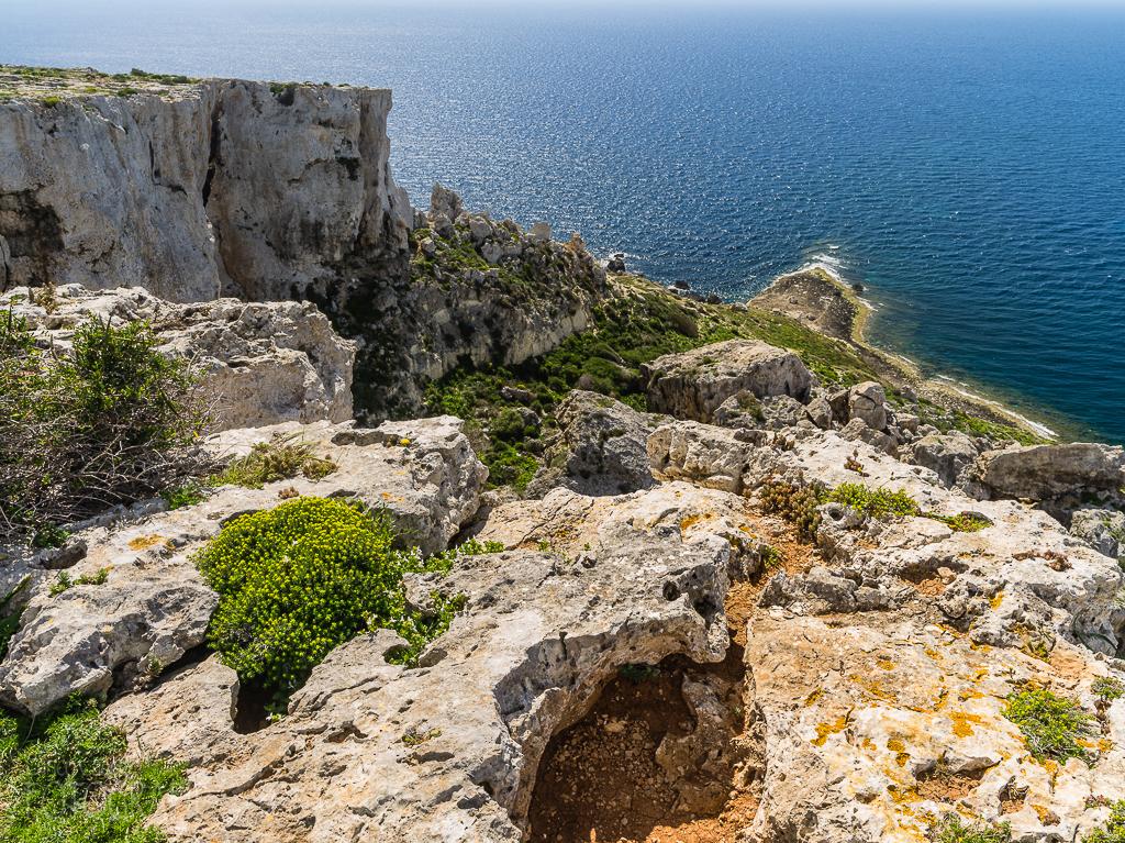 Malta - Steilküste im Norden