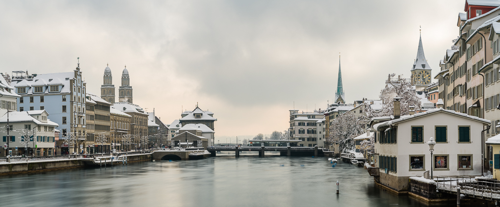 Panorama Limmatquai im Winter